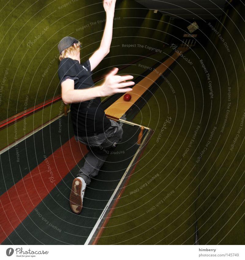 pipe mike Mensch Mann Freude Sport Spielen Kraft Freizeit & Hobby Elektrizität Erfolg verrückt Aktion Technik & Technologie Körperhaltung Ball Jeanshose