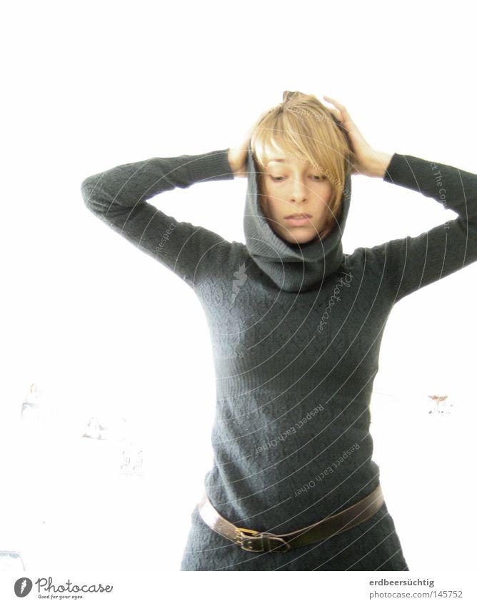 *Y* - Resignation Hand Gesicht Kopf Haare & Frisuren Horizont Hintergrundbild Arme Suche Körperhaltung Spannung Strahlung bleich Gedanke Pullover Nervosität