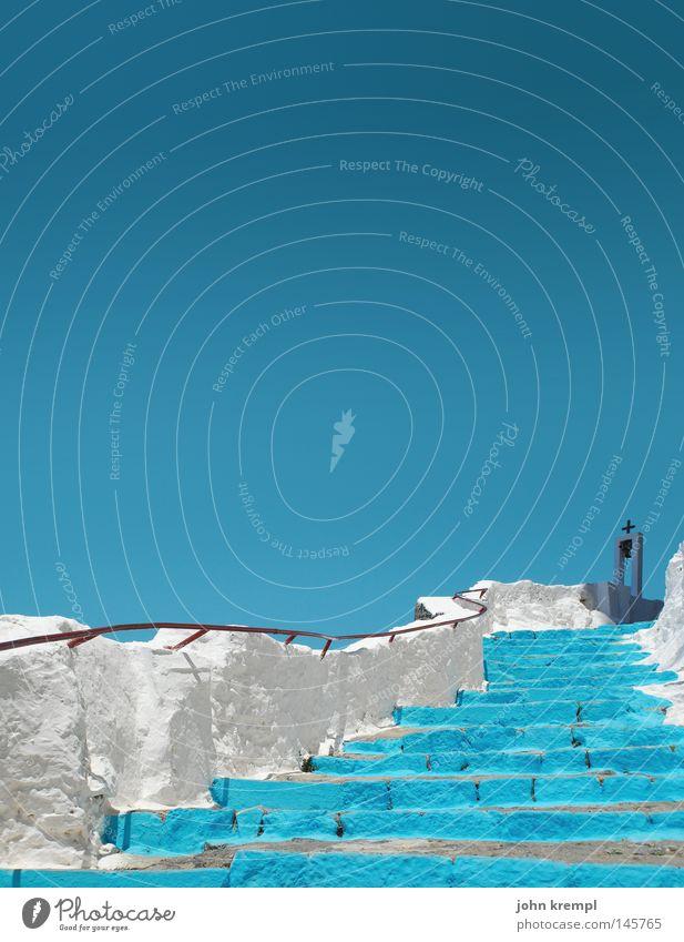 hairway to steven Himmel weiß blau oben Wetter Treppe türkis aufwärts Treppengeländer Griechenland Gott Götter Glocke Kloster
