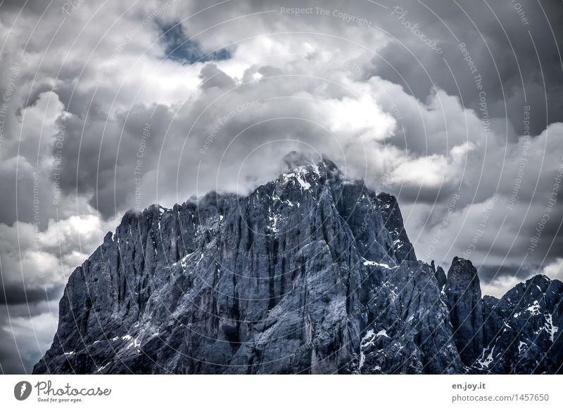 Himmel auf Erden Natur Ferien & Urlaub & Reisen Landschaft Wolken dunkel Berge u. Gebirge grau Felsen Wetter wandern Klima bedrohlich Vergänglichkeit Abenteuer