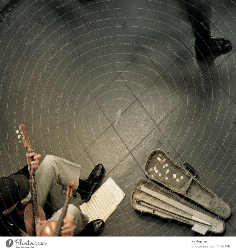 vier jahreszeiten Mensch Stadt Arbeit & Erwerbstätigkeit Musik Kunst gehen Geld Kultur U-Bahn Gitarre Euro Wirtschaft Bach Eurozeichen Musiknoten
