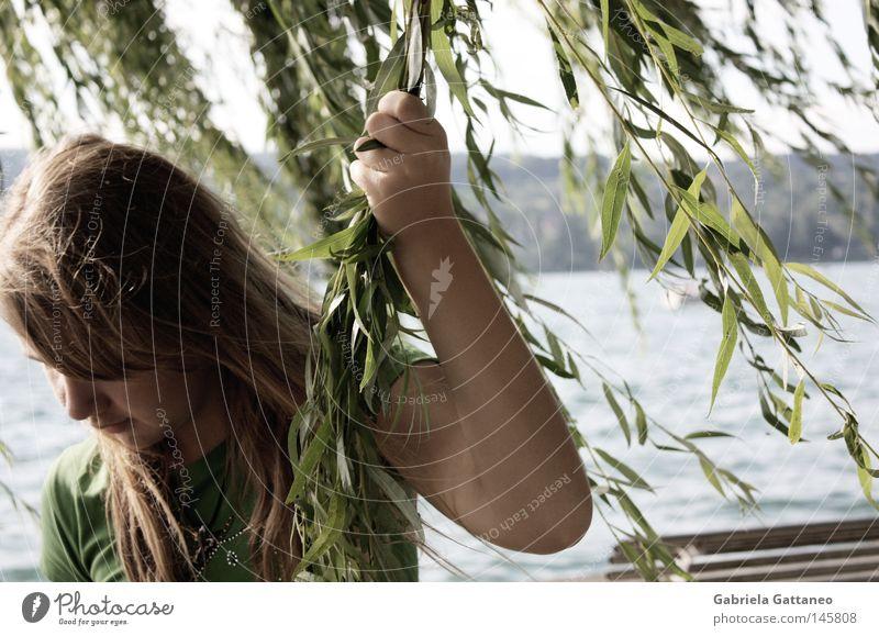 """"""" Wissen Sie, was ich glaube? Natur Wasser Pflanze Sommer ruhig Ferne Haare & Frisuren träumen Denken See Wellen blond warten Wind Bank Mensch"""