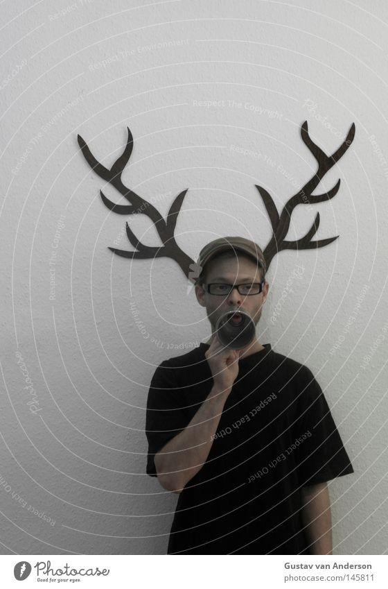 Hirschschaden Hirsche Horn weiß Tapete Muster Jäger Jagd Holz mehrfarbig Tier grün Baum laut Brille Mütze schwarz Megaphon schreien Mensch Hirschgeweih Schaden