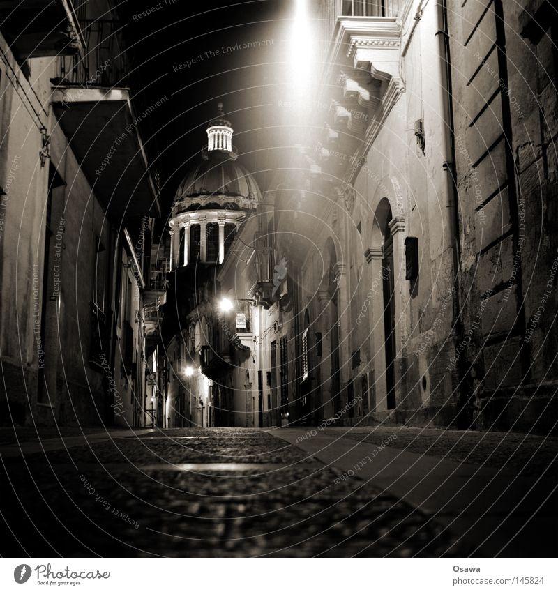 Ragusa 03 Dubrovnik Sizilien Italien Stadt Barock antik Nacht Nachtaufnahme Straße verloren Wege & Pfade Laterne Straßenbeleuchtung Fassade Religion & Glaube