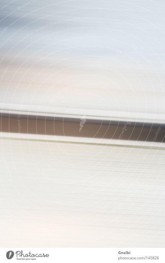 drive-by Straße Linie fahren Geschwindigkeit Bordsteinkante Tag Bewegungsunschärfe Geschwindigkeitsrausch Unschärfe