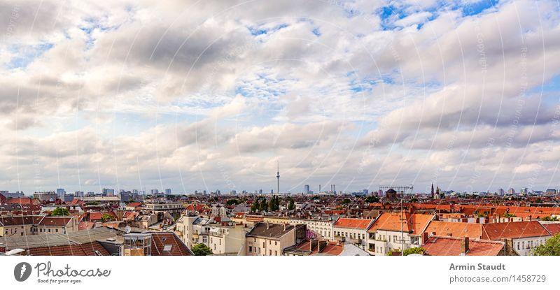 Berlin - Panorama Ferien & Urlaub & Reisen Tourismus Sightseeing Landschaft Himmel Wolken Frühling Sommer Klima Hauptstadt Skyline Haus Sehenswürdigkeit Ferne