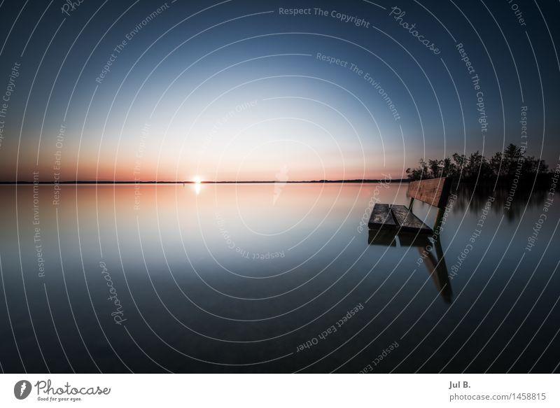 Wasserbank Umwelt Natur Landschaft Luft Wolkenloser Himmel See Gefühle Stimmung Tugend Reinheit Farbfoto Außenaufnahme Abend Dämmerung