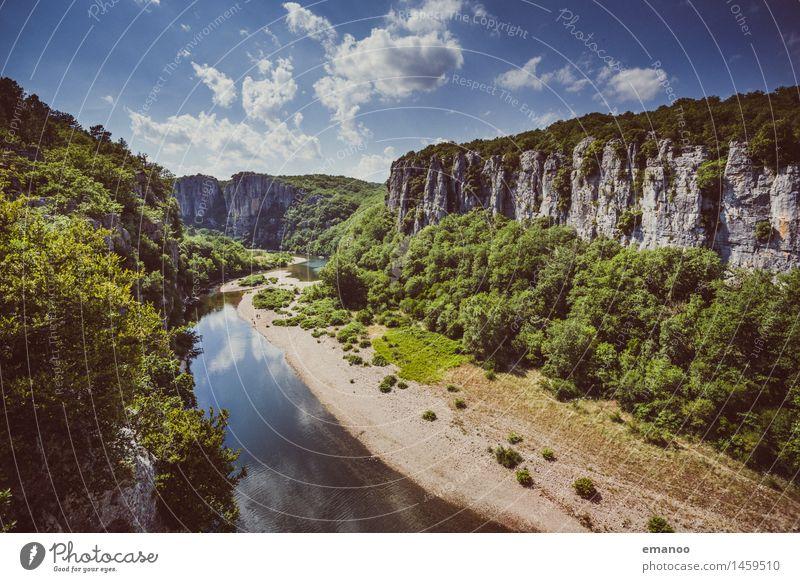 gorges du chassezac Himmel Natur Ferien & Urlaub & Reisen Sommer Baum Landschaft Ferne Berge u. Gebirge Freiheit Felsen Wetter Tourismus wandern Sträucher hoch