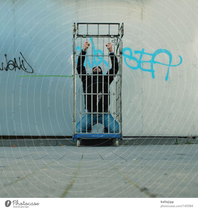 affentheater Mann Mensch Affen Gorilla Menschenaffen Käfig Zoo gefangen Gitter Güterverkehr & Logistik Sträfling Haftstrafe Justizvollzugsanstalt Qual Folter