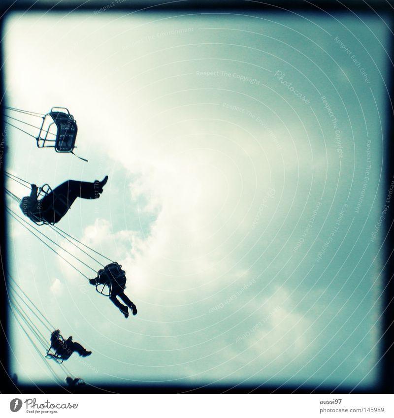 Always springtime analog Sucher Jahrmarkt Fahrgeschäfte Schausteller umrandet Rahmen Kettenkarussell Oktoberfest Schwindelgefühl Ausstellung ttv Lichtschacht