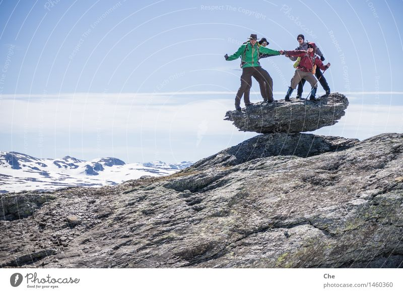 Tanz auf dem Vulkan Mensch maskulin 4 30-45 Jahre Erwachsene Fröhlichkeit gigantisch Glück wild Tapferkeit Mut Tatkraft Leidenschaft Vertrauen Team Zusammenhalt