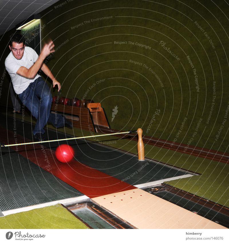 pipe fight Mensch Mann Jugendliche Freude Sport Spielen Kraft Freizeit & Hobby Elektrizität Erfolg verrückt Aktion Technik & Technologie Körperhaltung Ball Jeanshose