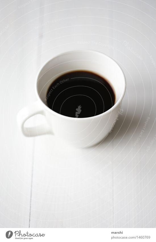Kaffeepause Getränk trinken Heißgetränk Espresso Stimmung Kaffeetasse Kaffeetrinken weiß schwarz geschmackvoll Geschmackssinn kaffeeliebhaber genießen durstig
