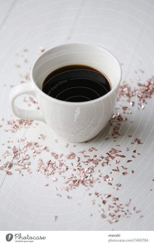 Glitzer zum Kaffee Lebensmittel Getränk trinken Heißgetränk Espresso Stimmung glänzend Kaffeepause Kaffeetasse Kaffeetrinken durstig Daten wach Farbfoto
