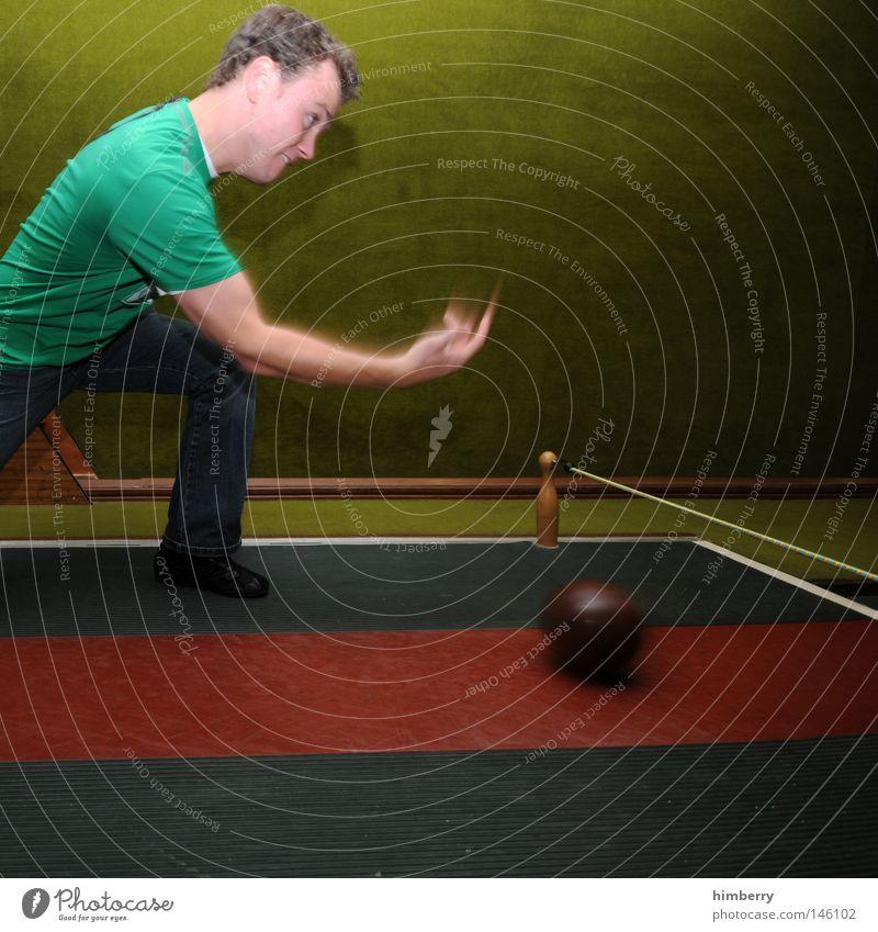 powerplay Mensch Mann Jugendliche Freude Sport Spielen Kraft Freizeit & Hobby Erfolg verrückt Elektrizität Aktion Technik & Technologie Körperhaltung Ball