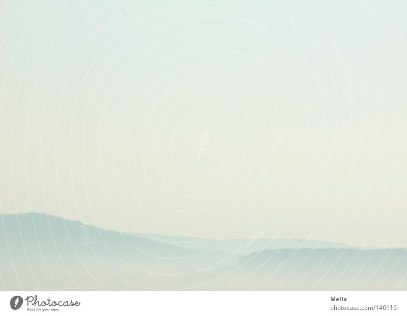 Morgenweite Ferne Freiheit Umwelt Natur Landschaft Luft Himmel Nebel Hügel frei frisch hell natürlich blau Dunst Schleier luftig Aussicht Pastellton Farbfoto