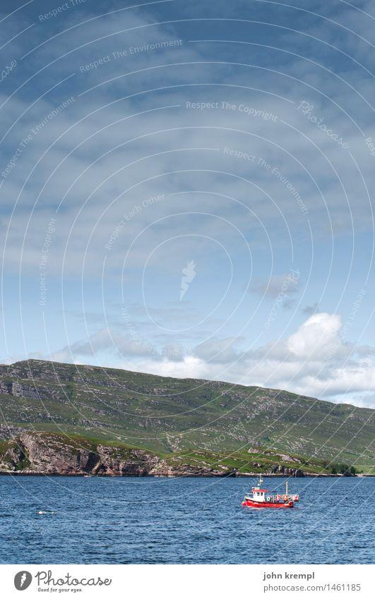 Er hats Bo angfasst! Natur Landschaft Hügel Felsen Küste Strand Bucht Fjord Nordsee Meer Insel Schottland Schifffahrt Bootsfahrt Fischerboot maritim Romantik