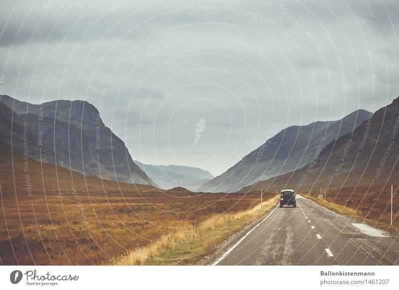 On my way to... Ferien & Urlaub & Reisen Ausflug Abenteuer Ferne Freiheit Expedition Berge u. Gebirge Landschaft Herbst Nebel Hügel Felsen Straße PKW