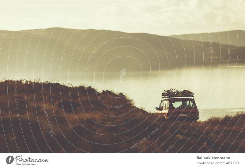 Roadtrippin 10 Ferien & Urlaub & Reisen Ausflug Abenteuer Ferne Freiheit Expedition Berge u. Gebirge Landschaft Herbst Nebel Hügel Felsen Straße PKW