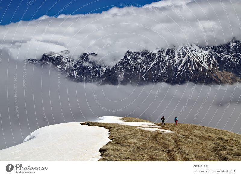 Zwischenwelt Ferien & Urlaub & Reisen reisend Klettern Bergsteigen wandern Mensch 2 Umwelt Natur Landschaft Urelemente Wolken Frühling Herbst Winter Klima