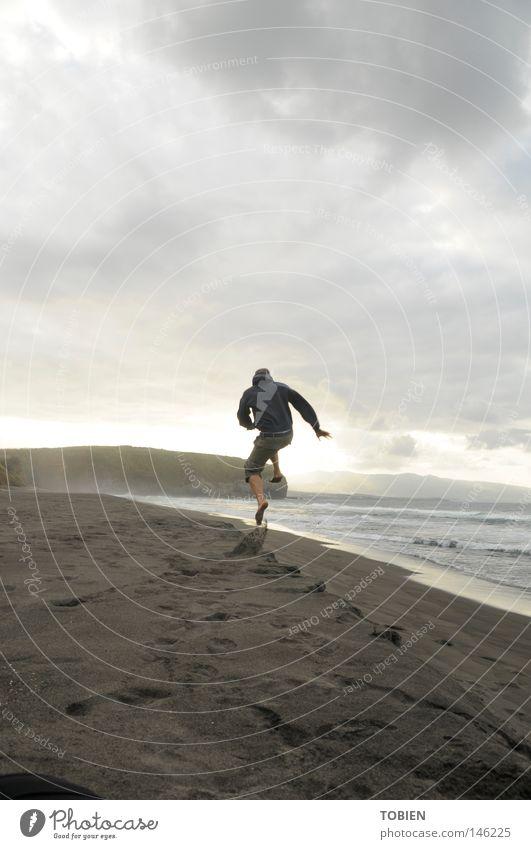 zeit Mensch Freude Strand Leben Gefühle Spielen Zeit frei toben Ausgelassenheit Azoren