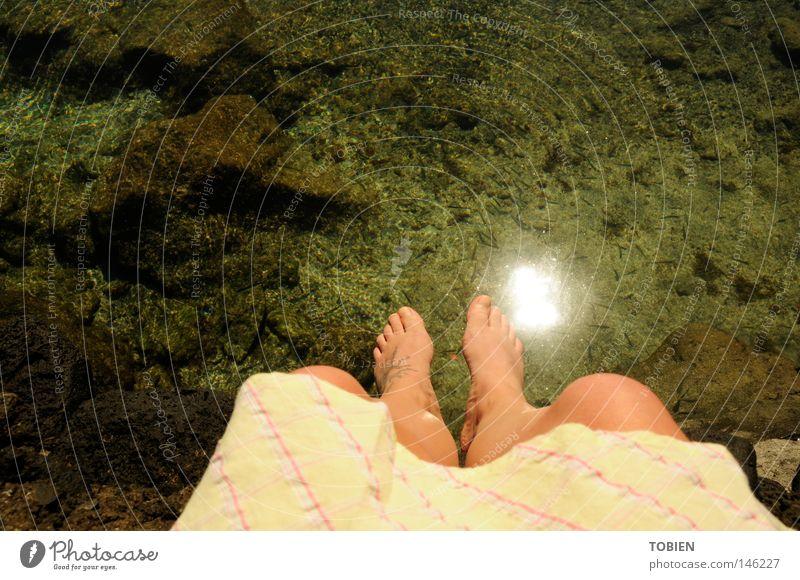 gedanken Mensch Wasser ruhig träumen Fuß Zeit Vertrauen Bucht Gedanke Atlantik Portugal Azoren