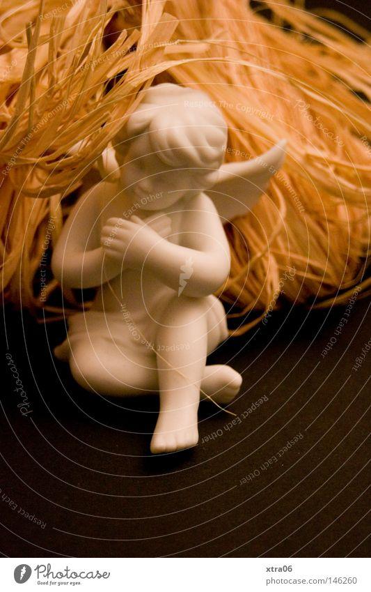 mal ausruhen Engel Gebet Skulptur Figur Porzellan Flügel Weihnachten & Advent Weihnachtsdekoration weiß Arme Weihnachtsfigur Angelrute Religion & Glaube Trauer