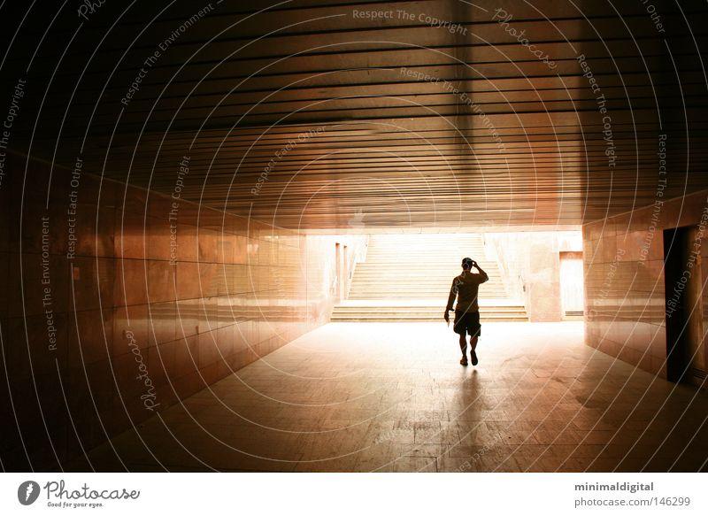 Lichtblick Hoffnung Ausgang Einsamkeit Tunnel Trauer Vergänglichkeit Tod Himmel Tor Ende Beginn Schatten Flucht Gegenlicht