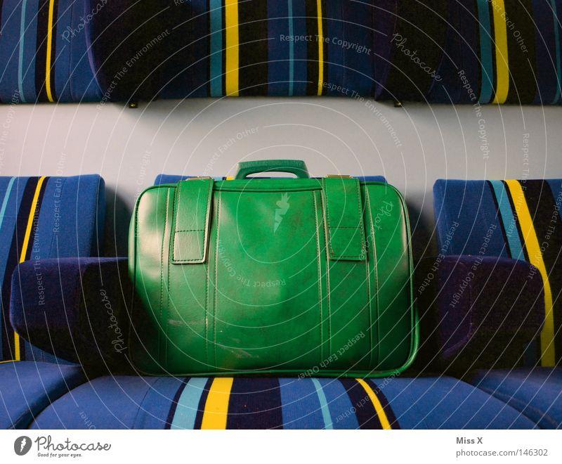 1963 alt grün blau Ferien & Urlaub & Reisen gelb Wege & Pfade Linie Verkehr Eisenbahn Ausflug fahren Streifen Stoff U-Bahn Bahnhof Leder