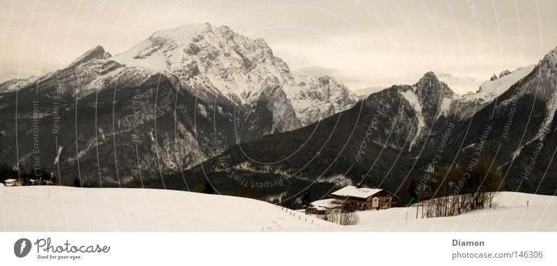 Über den Bergen Winter Haus Wald Berge u. Gebirge groß Hütte Panorama (Bildformat)
