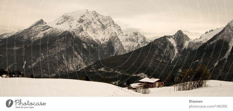 Über den Bergen Winter Wald Haus Panorama (Aussicht) Berge u. Gebirge Hütte groß Panorama (Bildformat)