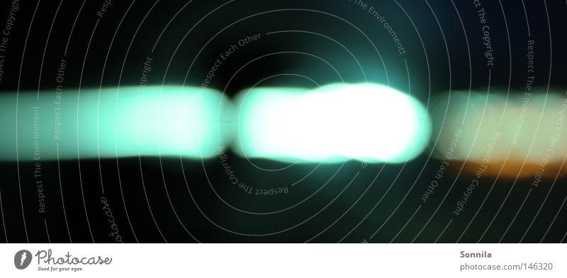 Türkisfarbenes Licht Farbe dunkel kalt hell glänzend Geschwindigkeit türkis Lichtpunkt hell-blau scheinend