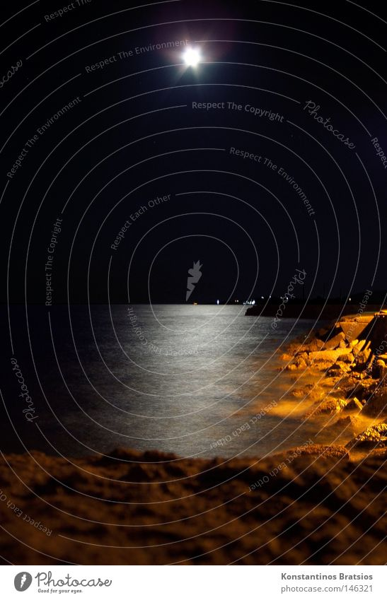 laue Sommernacht Wasser schön Meer Sommer Strand Ferien & Urlaub & Reisen ruhig Einsamkeit dunkel Erholung träumen Denken Sand Landschaft orange Wellen