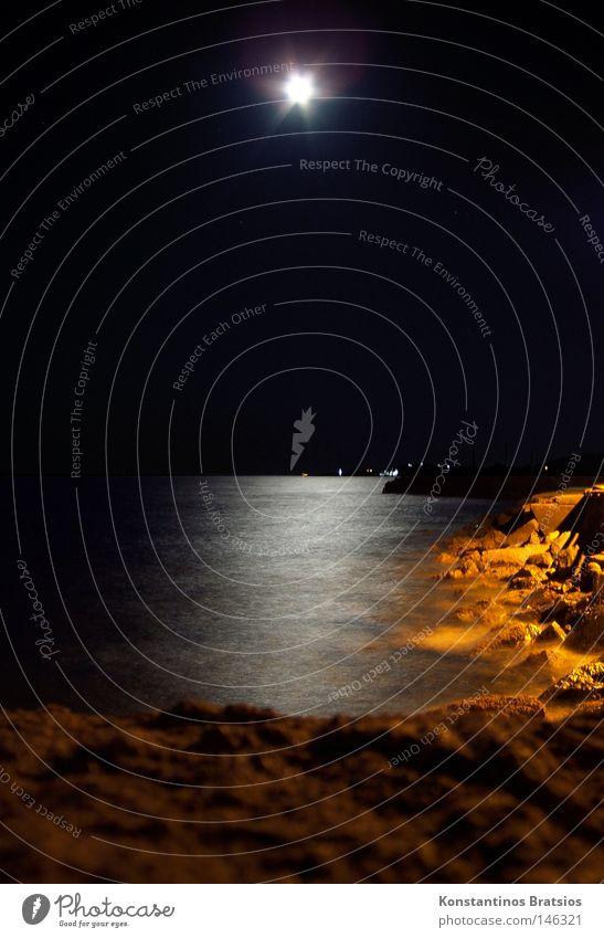 laue Sommernacht Wasser schön Meer Strand Ferien & Urlaub & Reisen ruhig Einsamkeit dunkel Erholung träumen Denken Sand Landschaft orange Wellen