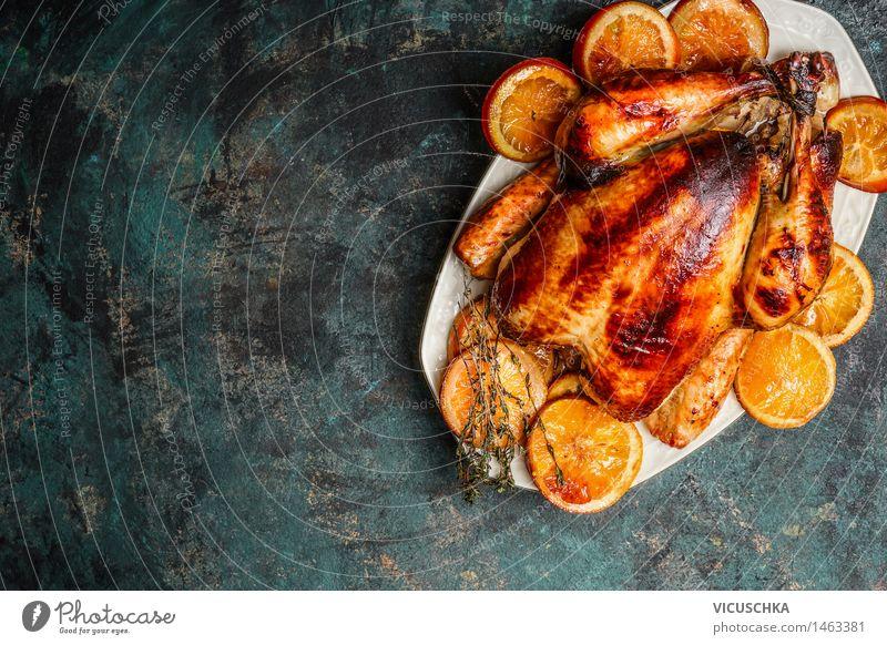 Ganzes Hähnchen braten mit gerösteten Orangen Foodfotografie Stil Hintergrundbild Feste & Feiern Lebensmittel Party Design Ernährung Tisch Teller Fleisch Mahlzeit Abendessen Mittagessen Festessen Haushuhn