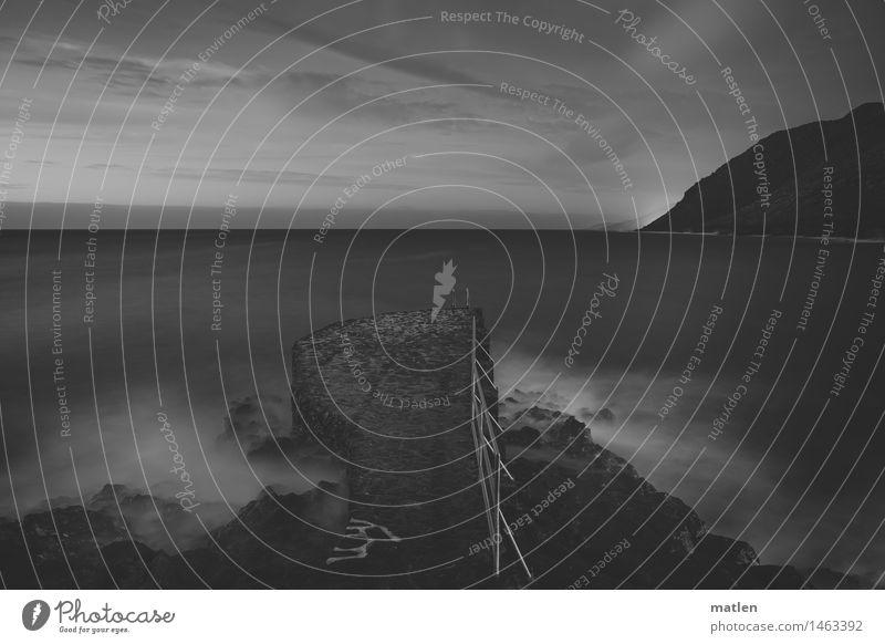 überseebar Landschaft Wasser Himmel Wolken Nachthimmel Horizont Sonnenaufgang Sonnenuntergang Wetter Schönes Wetter Felsen Berge u. Gebirge Wellen Küste Meer