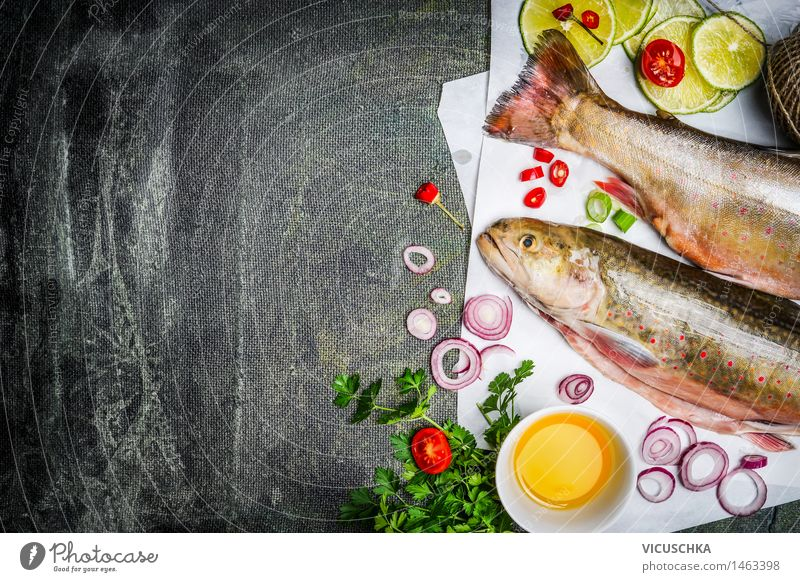 Frischer Saibling mit KochZutaten für schmackhafte Küche Natur Gesunde Ernährung Leben Stil Hintergrundbild Lebensmittel Design frisch Tisch