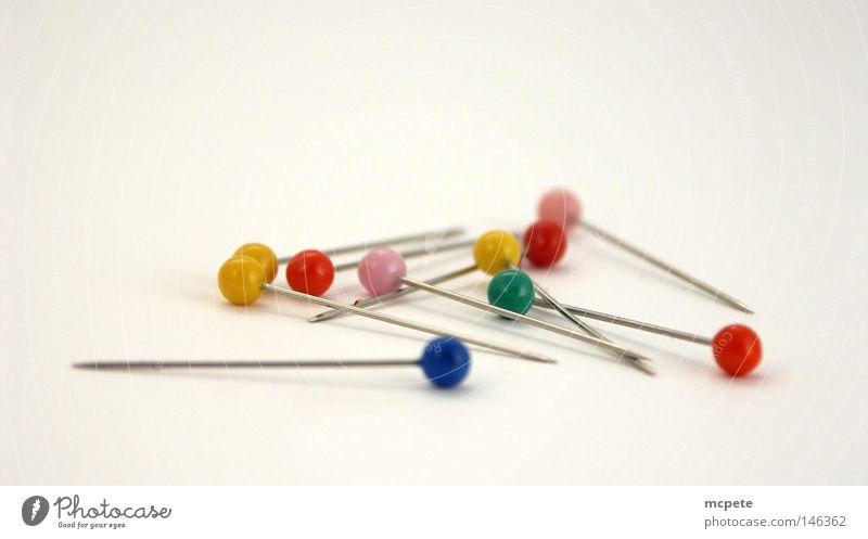 - needles - Handwerk chaotisch durcheinander stachelig Nadel stechen Stecknadel