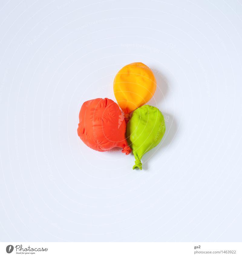 Party is over alt grün Farbe weiß rot Freude gelb Feste & Feiern Party Freizeit & Hobby Dekoration & Verzierung Geburtstag Fröhlichkeit ästhetisch Lebensfreude einfach