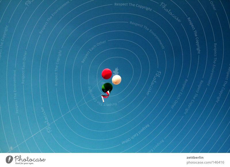 Italien wird Weltmeister Himmel weiß grün blau rot Sommer Freude Luftballon Italien