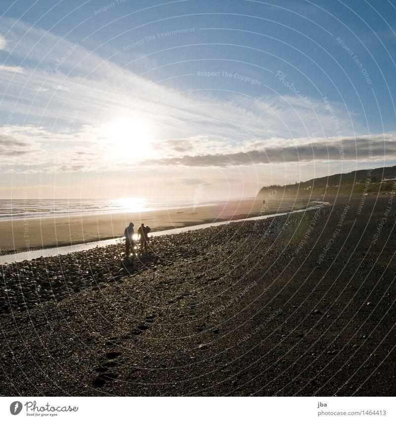 Am Strand - Alaska 07 Lifestyle harmonisch Wohlgefühl Ferien & Urlaub & Reisen Ausflug Freiheit Sightseeing Meer Familie & Verwandtschaft 3 Mensch Natur
