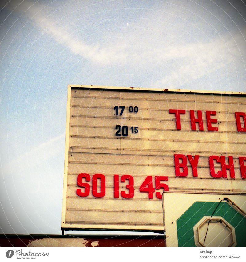 Damentennis Kino Show Filmindustrie Filmmaterial Thriller Sonntag Berlin Krimi Filmstar Premiere Buchstaben Neonlicht Werbung alt Kitsch Schilder & Markierungen