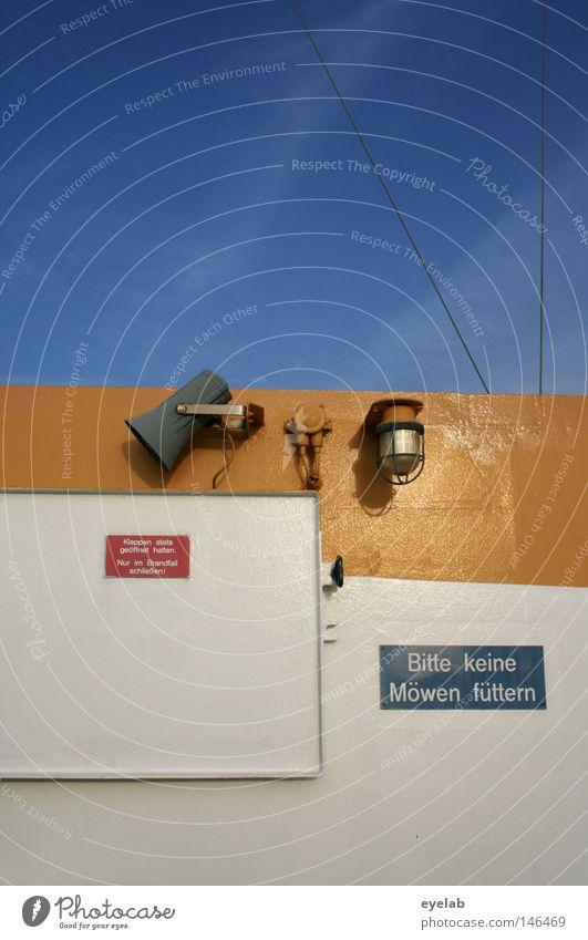Bitte keine Möwen füttern Wasserfahrzeug Fähre Autofähre See Meer gelb weiß Lautsprecher Megaphon Lampe Sicherheit Typographie Wort Schilder & Markierungen