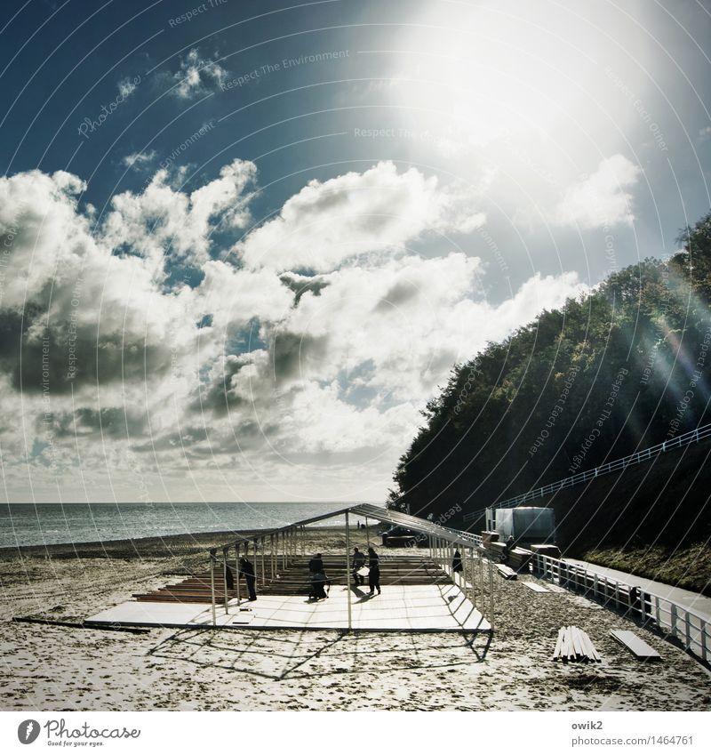 Nach dem Oktoberfest Mensch Himmel Natur Wasser Landschaft Wolken Strand Umwelt Menschengruppe Sand hell Arbeit & Erwerbstätigkeit Horizont Idylle Klima