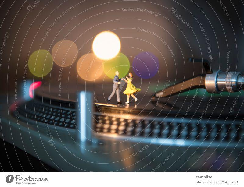 Mini-Disko Freude Glück Nachtleben Party Musik Club Disco Bar Cocktailbar Diskjockey ausgehen Feste & Feiern Flirten clubbing Tanzen Technik & Technologie