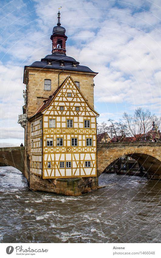 das hält Stadt alt blau weiß Haus Architektur außergewöhnlich braun Fassade Idylle Kreativität Insel Brücke Romantik Turm historisch