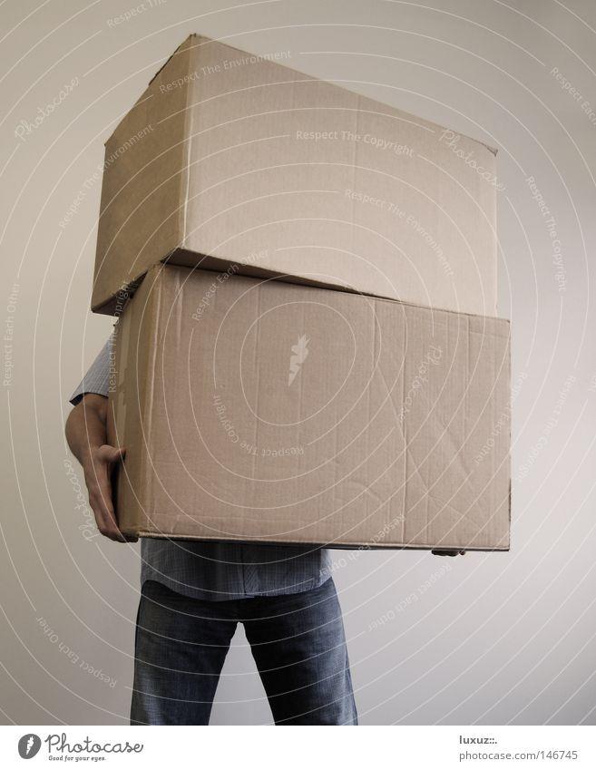 100 ... Kiste Umzugskarton Schachtel heben schwer Datenübertragung Bandbreite stehen Wechseln Referenz kaufen Sammlung Vorrat retten Gewicht Produkt mehrere