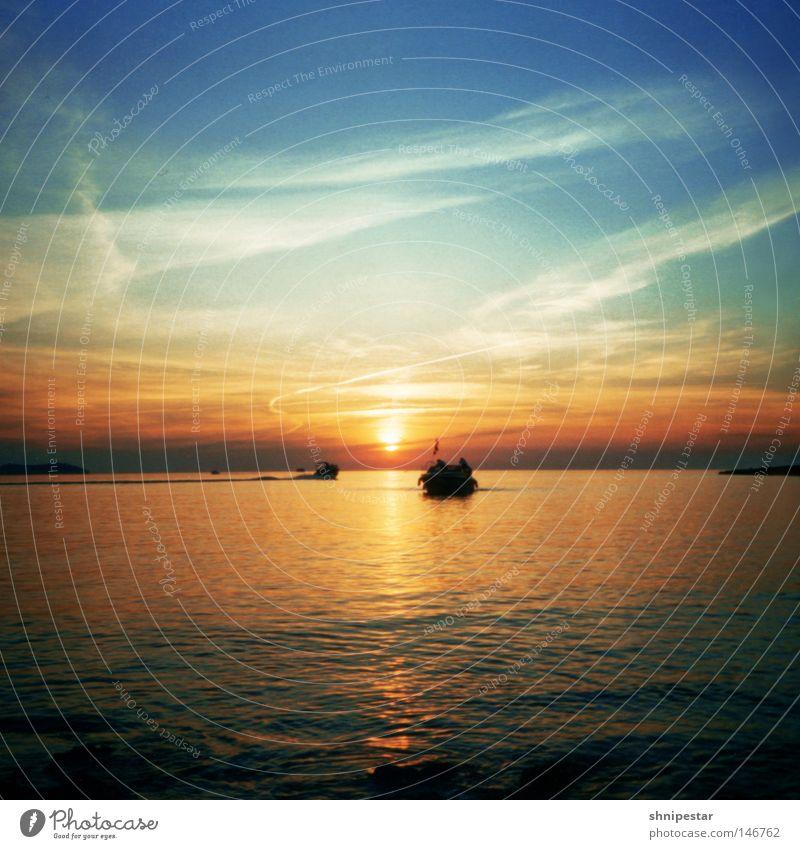 Live @ Café del Mar No.2 Wasser Sonne Meer Strand Ferien & Urlaub & Reisen Erholung Sonnenuntergang Stein Wärme Wasserfahrzeug Feste & Feiern Romantik