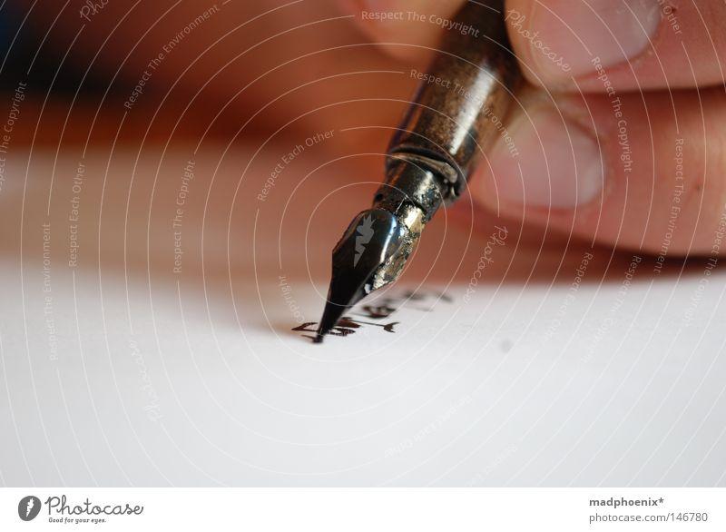 unplugged Hand schön Kunst Finger Papier Schriftzeichen Feder Nagel früher Tinte Kunsthandwerk Schreibgerät Handschrift Schreibfeder Schönschrift Guten Tag