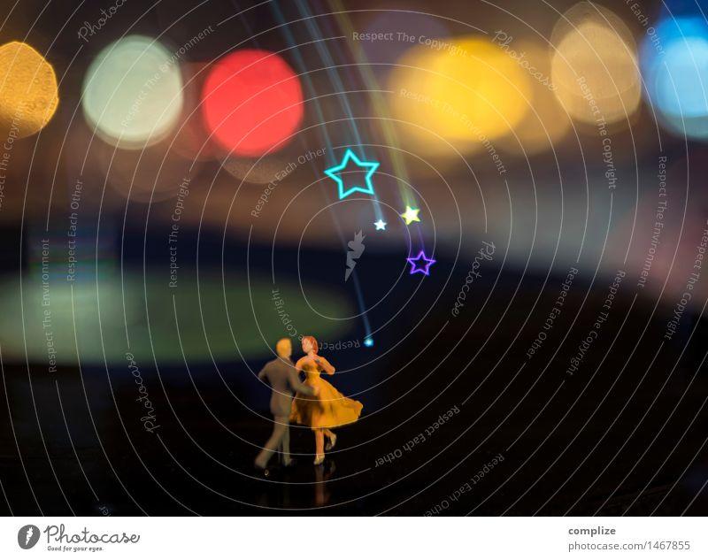 kleine Silvester Party Frau Mann Freude Erwachsene Feste & Feiern Party Musik Tanzen Stern Fitness Zeichen Tanzveranstaltung Veranstaltung Silvester u. Neujahr Club Disco